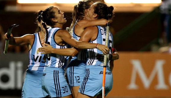 Triunfo argentino en el debut