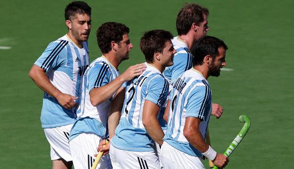 Argentina goleó y enfrentará a Canadá en cuartos