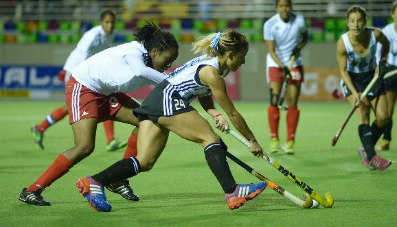 Apabullante victoria de Las Leonas en Mendoza