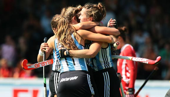 Argentina empató y encara la recta final del Champions