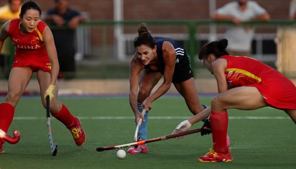 En la previa al debut, Las Leonas empataron ante China