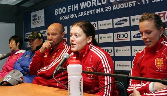 Conferencia de prensa, China 0-1 Inglaterra