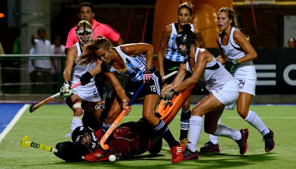 Las Leonas empataron en Rosario