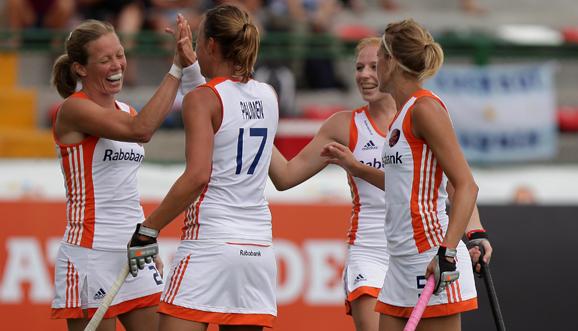 Holanda goleó de la mano de Lammers y Paumen