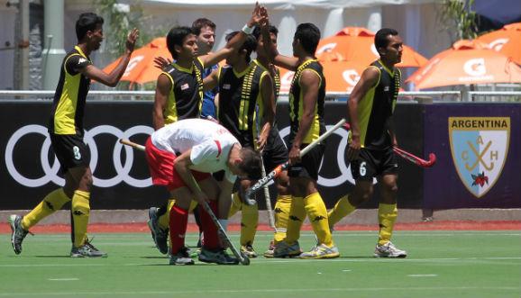 Malasia goleó y lidera el Grupo A