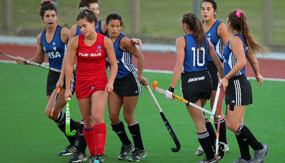 Las Leoncitas golearon a Chile