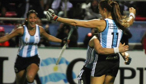 Con gol de Rebecchi, empataron Las Leonas