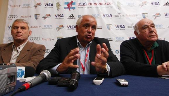 La reestructuración del hockey internacional