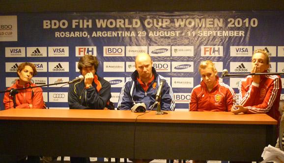 Conferencia de prensa, España 2-3 Inglaterra